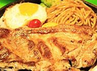 美式西餐香煎带骨猪排图片