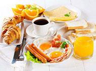 丰富的西式早餐搭配图片