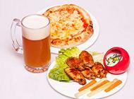 美味的披萨套餐图片