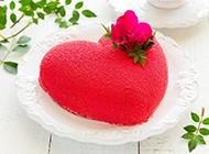 唯美浪漫的红桃心蛋糕图片