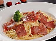 欧式西餐培根意大利面图片
