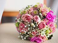 新娘手捧花朵唯美高清壁纸