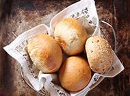 美味的圆形面包图片