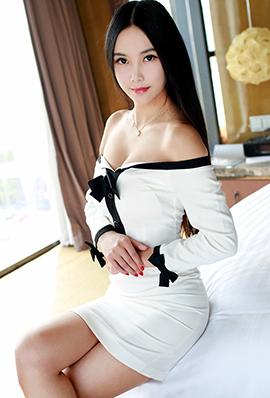 长发气质美女陆金佳Jessica超短裙写真