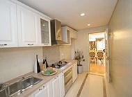 最新的小户型厨房装修图片
