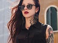 引领潮流时尚美女花臂纹身图案