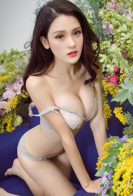 极品美女吕诗茗内衣写真图片