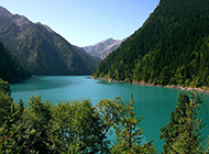 美丽的四川九寨沟风景图片