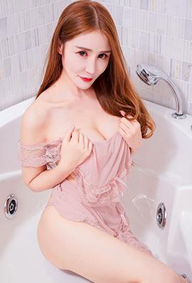 性感美女冷月yuer浴缸写真图片