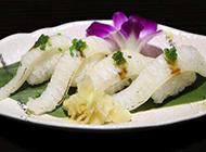 鲜美的带子裙边寿司图片