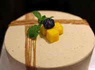 法式栗子蓉蛋糕图片
