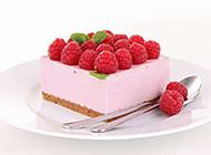 美味树莓水果芝士蛋糕图片