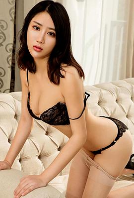 90后性感美女黄香香内衣写真图片