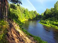 大自然的绿色山水风景图片