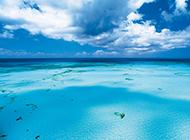 蓝色梦幻唯美意境大海风景桌面壁纸