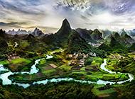 秀丽迷人的绿色田园风景图片