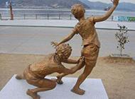 超级淘气的雕像恶搞图片