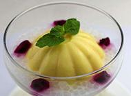 夏日降暑甜品芒果布丁图片