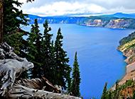 美国火山口湖国家公园风景图片