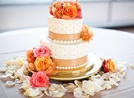 精致玫瑰花双层婚礼翻糖蛋糕