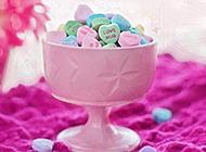情人节美味的七彩糖果图片