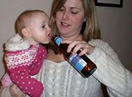 外国搞笑儿童图片之小酒鬼