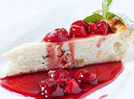 超美味的红色果酱蛋糕图片