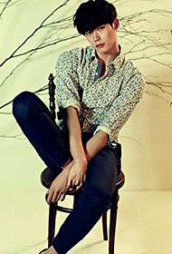 韩国男演员李钟硕玩转英伦风图片