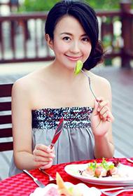 电视剧演员杨童舒私密度假照