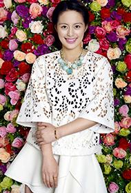 最美女演员王力可暖春写真大片