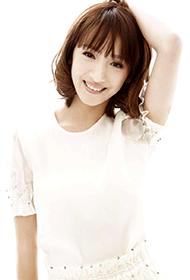 中国90后女演员卢茜清新写真