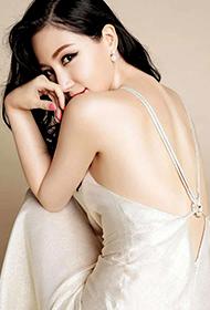 美女明星刘梓妍裸背性感