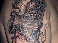 逼真霸气手臂麒麟纹身图案