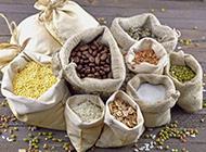 袋装的五谷杂粮图片素材
