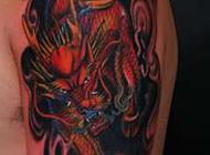 精雕细致的手臂麒麟刺青纹身图案