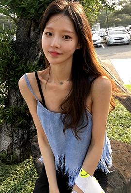 韩国美女模特杨晋超清自拍图片