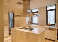 小户型现代简约厨房装修整洁大方