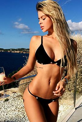 外国美女Anastasia Gizerskaya比基尼写真图