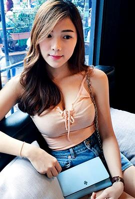 马来西亚美女小宜迷人生活照片
