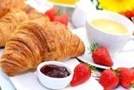 早餐图片 牛角面包早餐图片