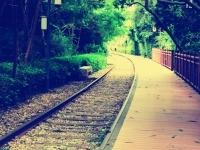 唯美的铁路步道