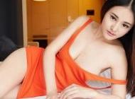 床上性感美女性感诱惑私房写真高清壁纸2下载