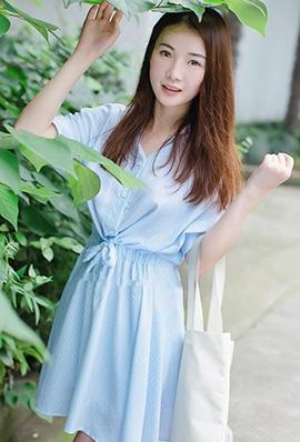 [Kimoe激萌文化]嫩模沈欣雨街拍写真清纯迷人