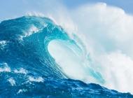 海浪唯美图片大全 灯塔海浪唯美风景图片