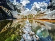 唯美的湖镜
