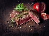 好吃的牛排和西红柿