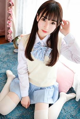 清纯美女萝莉丸子mayuki私房制服写真