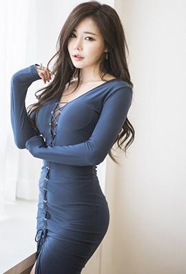 韩国美女模特韩佳恩超妩媚家居写真