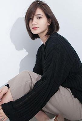 短发美女吴子霏生活写真甜美迷人