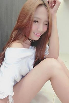 美女模特罗依璇私房自拍照气质迷人